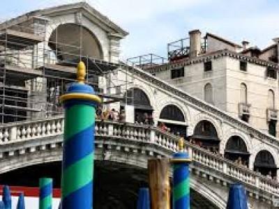 Da 30 anni operiamo nella ristrutturazione di impianti di edifici storici a venezia
